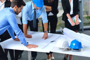 Construction managers: job outlook, description and certification process
